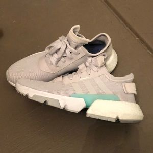 Adidas pod sneakers. Like new!